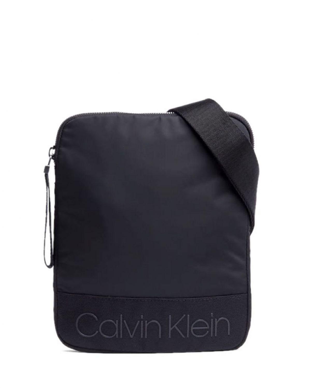Calvin Klein Shadow Flat Crossove Çapraz Erkek Çantası K50K503907 Siyah